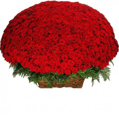 Καλαθι με 1001 κοκκινα τριανταφυλλα