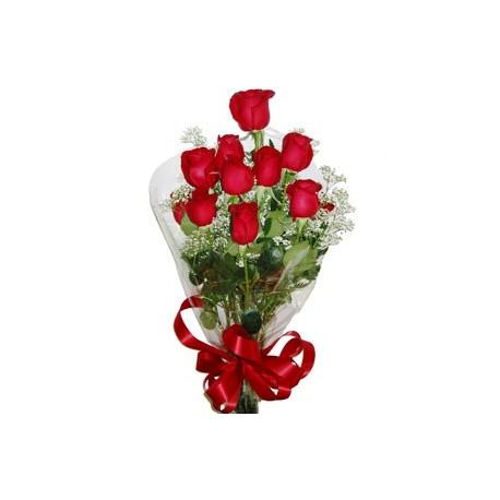 Ανθοδεσμη με κοκκινα  τριανταφυλλα