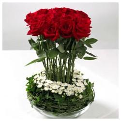 Κόκκινα Τριαντάφυλλα Σε Γυάλινη Βάση - Τιμη ανθοπωλειου Πατρας
