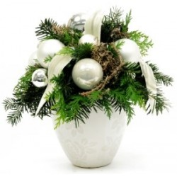 Christmas arrangement in ceramic