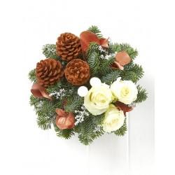 Σύνθεση Χριστουγέννων λευκα τριανταφυλλα - κουκουναρια
